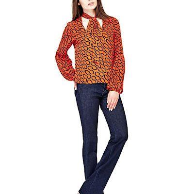 guess-bootcut-jeans für die Sanduhr-Figur